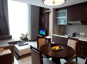 El Royale Hotel Bandung - Condotel Loft With Breakfast Regular Plan