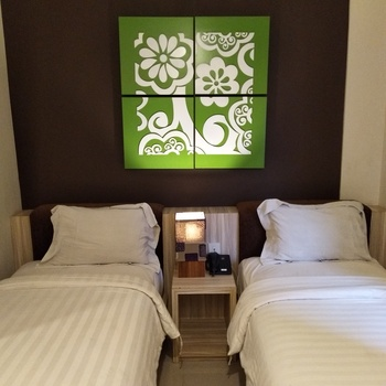 Grand Aularis Hotel Semarang - Superior Room Only Regular Plan