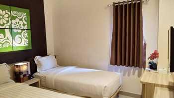 Grand Aularis Hotel Semarang - Standard Room Only Regular Plan