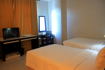 Grand Sawit  Samarinda - Deluxe Twin Room Only - Flash Sale Regular Plan