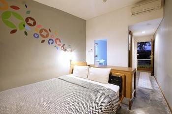 Arah Living (FKA Lokal Hotel) Yogyakarta - Attic Room Regular Plan
