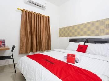 RedDoorz Plus @ Boulevard Residence BSD Tangerang Selatan - RedDoorz Room with Breakfast Special Deals