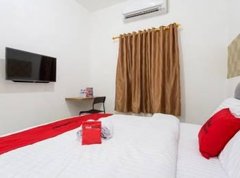 RedDoorz Plus @ Boulevard Residence BSD Tangerang Selatan - RedDoorz Room Limited Time