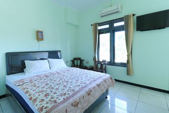 Hotel Bintang Malang - Standard Family Minimum Stay Two Nights