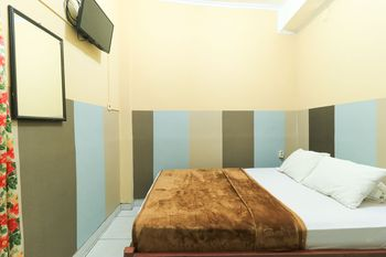 Hotel Bintang Malang - Standard Non AC Minimum Stay Two Nights