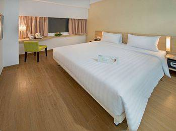 Whiz Hotel Bogor - Standard Double Room Regular Plan