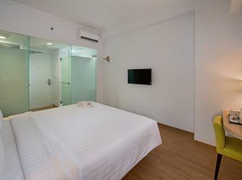 Whiz Hotel Bogor - Standard Room For 1 Person Regular Plan