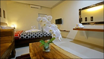Rai House Sanur Bali - Suite Double Room Regular Plan