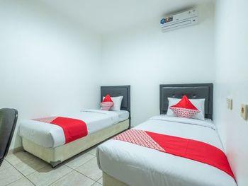 OYO 1391 Puri Torina Residence Sumedang - Standard Twin Room Regular Plan