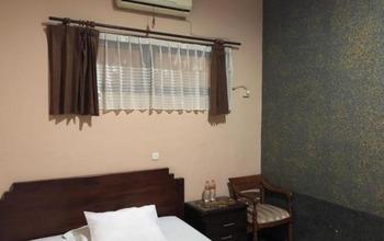 Elsana Transit Hotel Syariah Bogor - Standard Non AC Breakfast NR Minimum Stay 2 Nights