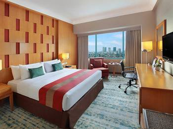 Hotel Ciputra Jakarta - Executive Queen Pay Now