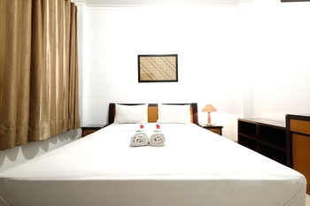 Fendi's Guest House Malang - Standard Room Regular Plan