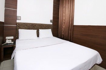 Sky Hotel Mangga Besar 1 Jakarta Jakarta - Standard Double Room Only Regular Plan