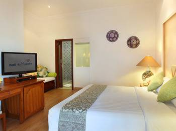 Bali Mandira Beach Resort & Spa Bali - Deluxe Club Cottage Beach Bed & Breakfast 45%