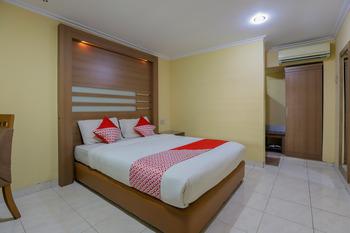 OYO 918 Hotel Senen Indah Syariah Jakarta - Standard Double Room Regular Plan