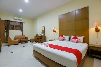 OYO 918 Hotel Senen Indah Syariah Jakarta - Suite Double Regular Plan