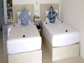 Seri Resort Gili Meno Lombok - Suite Twin dengan Pemandangan Taman Last Minute Special Rate includes 12,5% discount!