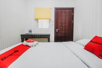 RedDoorz @ Sukajadi Pekanbaru Pekanbaru - RedDoorz Room AP10