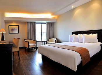 Hotel Santika Cirebon - Executive Room King Regular Plan