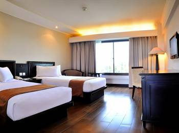 Hotel Santika Cirebon - Superior Room Twin Regular Plan