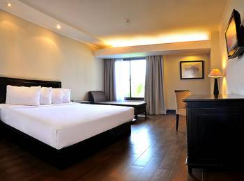 Hotel Santika Cirebon - Deluxe Room King Special Weekend Offer
