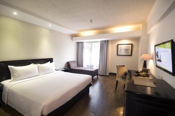 Hotel Santika Cirebon - Deluxe Room King Offer 2020 Last Minute Deal