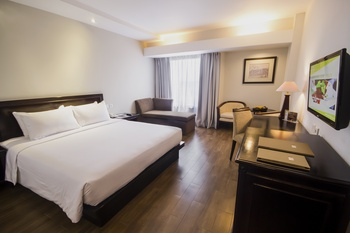 Hotel Santika Cirebon - Executive Room King Offer Last Minute Deal