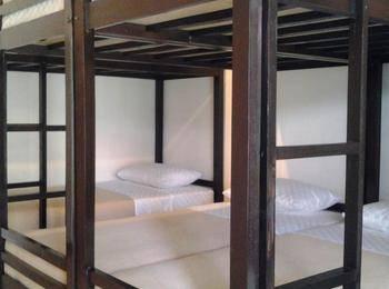 Krowi Inn Surabaya - 6 Bed Dormitory (Harga Per Orang) Regular Plan