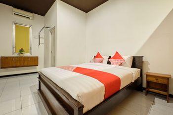 OYO 2519 Mayang Garini Magelang - Suite Double Regular Plan