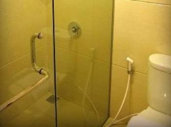 Flamboyan Hotel Tasikmalaya Tasikmalaya - Superior Room Regular Plan