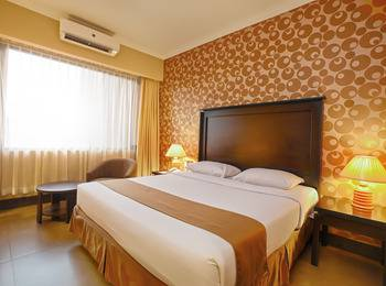 Bali World Hotel Bandung - Superior Room With Breakfast Regular Plan