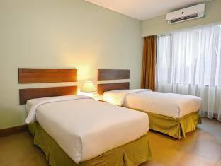 Bali World Hotel Bandung - Standard Twin With Breakfast MID YEAR PROMO (STD)
