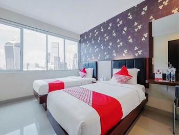 OYO 308 Grand Pacifik Hotel Makassar - Standard Twin Room Regular Plan