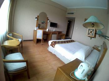 Hotel Agas Internasional Solo - Superior Room Only Regular Plan