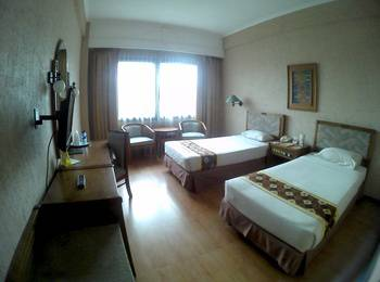 Hotel Agas Internasional Solo - Moderate Room Only Regular Plan