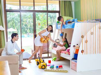 HARRIS Waterfront Batam - HARRIS Family Room Regular Plan