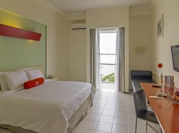 HARRIS Waterfront Batam - HARRIS Room King with Buffet Breakfast Regular Plan