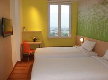 Zest Hotel Jemursari Surabaya - Zest Twin Room Only Staycation