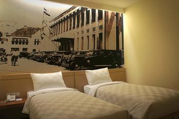 Feodora Hotel Grogol - Deluxe Twin Regular Plan
