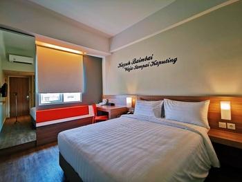 Zuri Express Banjarmasin Banjarmasin - Express Double Room Only Kurma Deal