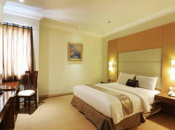 Coin's Hotel Jakarta Jakarta - Deluxe Room Only Min stay 2D