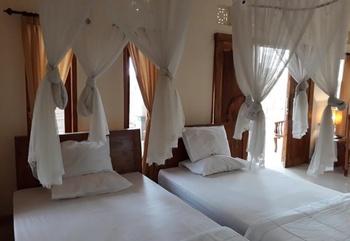 Parta Homestay Bali - Twin Room Regular Plan