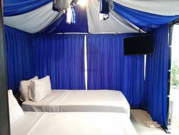 Royal Caravan Hotel Mojokerto - Superior Glamping Room Only Best Deal