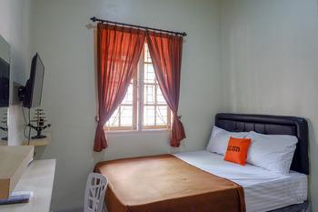 KoolKost Syariah near Gerbang Tol Jatingaleh Semarang Semarang - KoolKost Single Room  Basic Deal