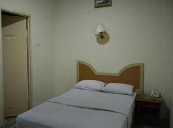 Hotel Lestari Permai Makassar - Deluxe B Regular Plan