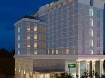 Kyriad Pesonna Tugu Hotel