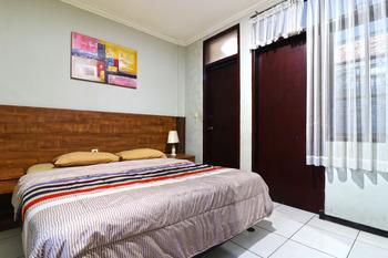 Hotel Puri Pangalengan Bandung - Standard Double Room Breakfast NR Special Deal