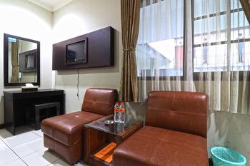 Hotel Puri Pangalengan Bandung - Deluxe Breakfast FC Special Deal