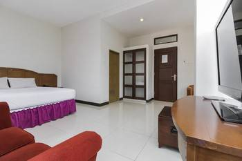 Emia Hotel Bandung - Double Room Regular Plan