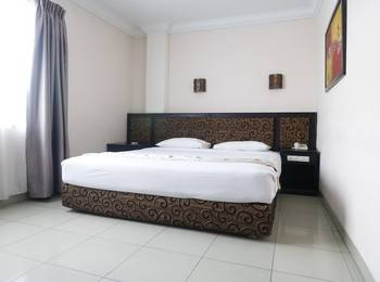 Gaja Hotel Pekanbaru - Premium Room Regular Plan